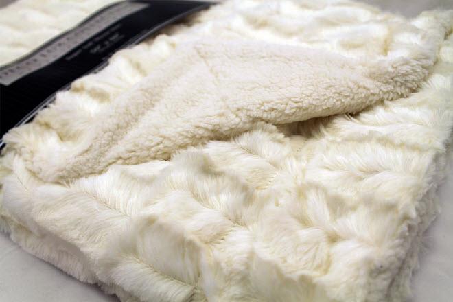 faux fur sherpa throw blanket